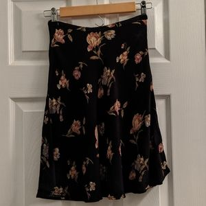 Express Black floral skirt size P/XS